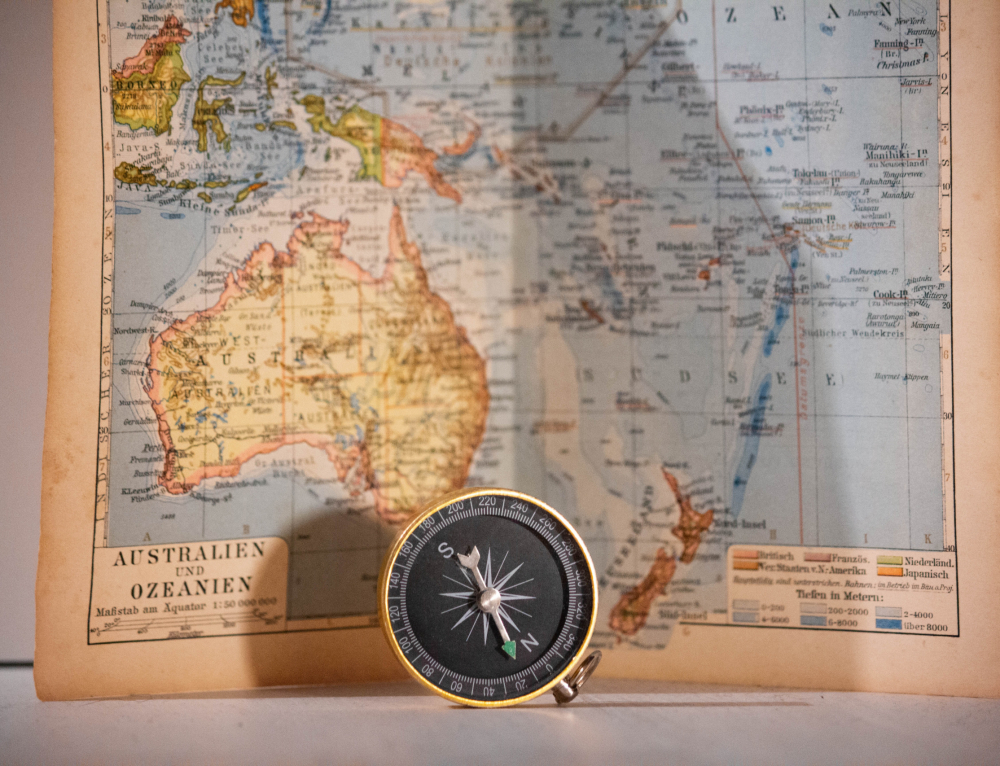 The maps reveal new details about the lost eighth continent – Zealand
